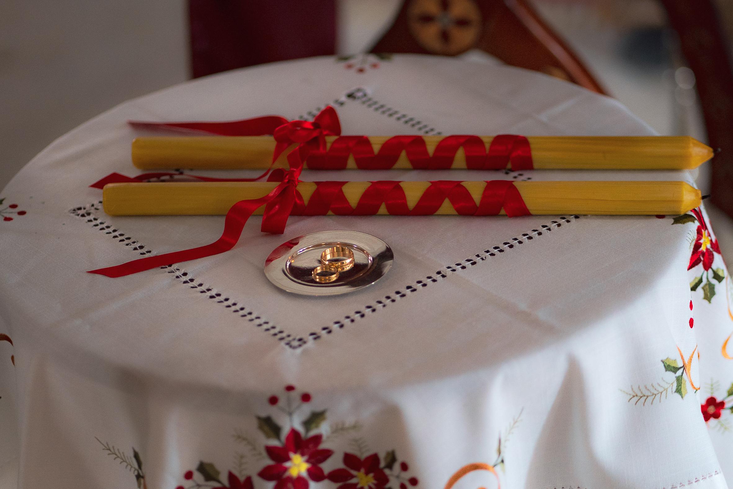 mariage orthodoxe cierges alliances